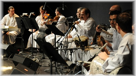 Shema tunes up with the orchestra