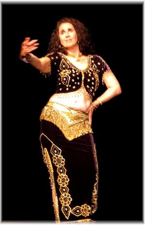Lynette Harper performing in Victoria
